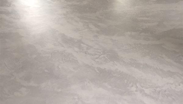 Béton ciré effet marbre par Maurice Fagés-Bosch